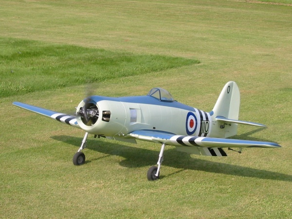 Hawker Sea Fury (Semi- Scale) 2050 mm Voll-GFK-Modell