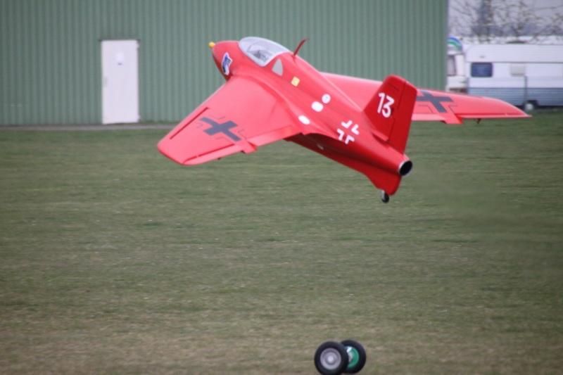 Me 163 B 1a M 1:3,3 Spw: 2750 mm Voll-GFK
